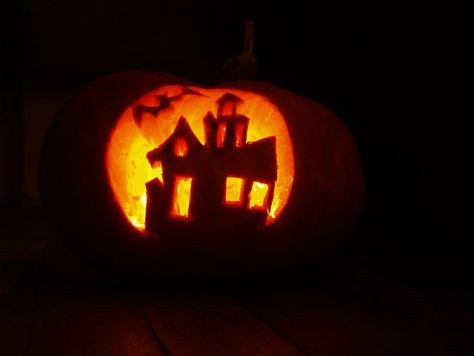 640px-Pumpkin_craft_for_Halloween